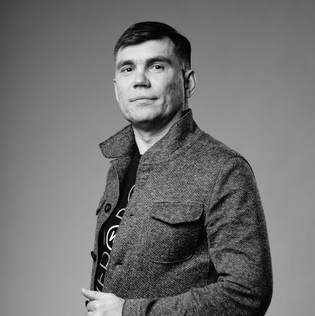 Андрей Отинов